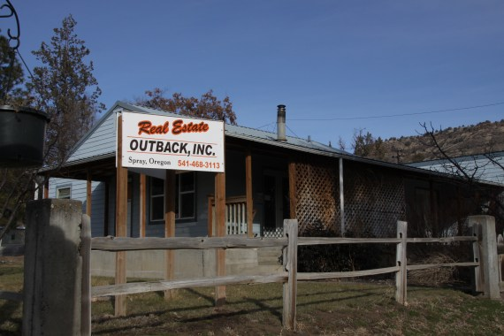 real_estate_outback